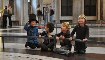 Kinderen Koninklijk Paleis Amsterdam