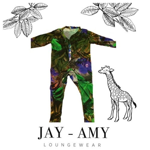 There is a new Dutch Loungewear brand for MOMS and there mini: Jay-Amy Loungewear.