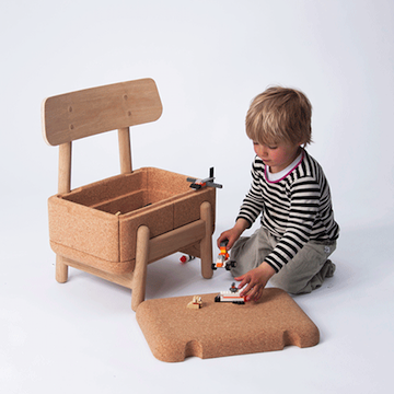 Oak Oak kinderstoel + opslag voor speelgoed!