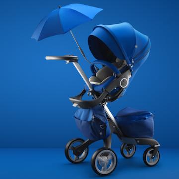 Stokke introduceert een limited edition van de Xplory wandelwagen in intens kobaltblauw.