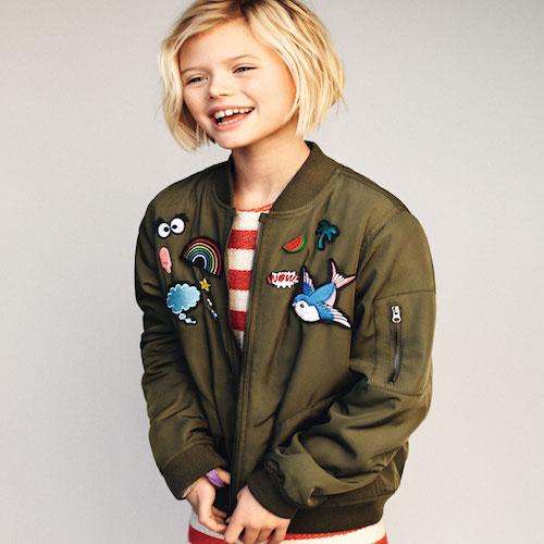 De must-have van dit seizoen, een kleding stuk met patches zoals deze Zara jas