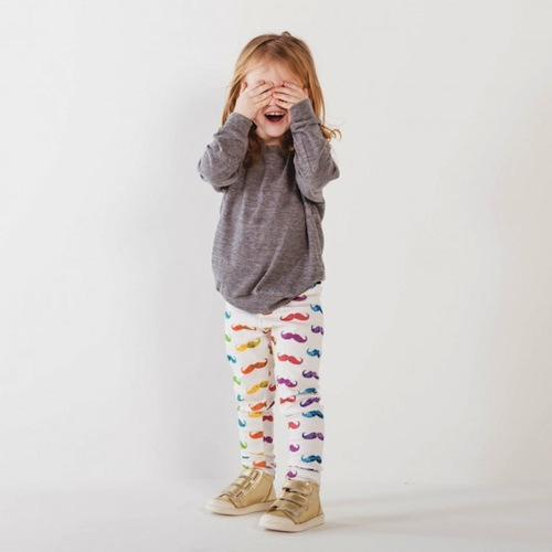 Product Description Girl clothing set includes three knit stretch leggings in varying colors.