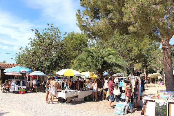 markt bij Cala Llenya in San Carlos // CITYMOM.nl