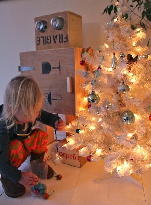 7. 6. Kerstboom optuigen : CITYMOM.nl