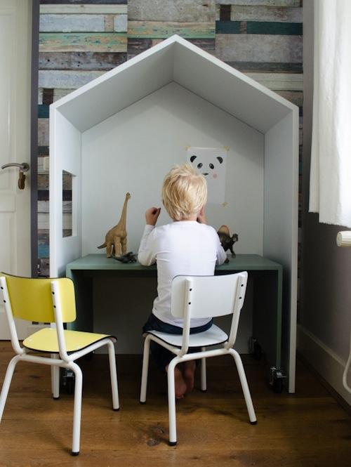 bedhuisje-desk :: CITYMOM.nl