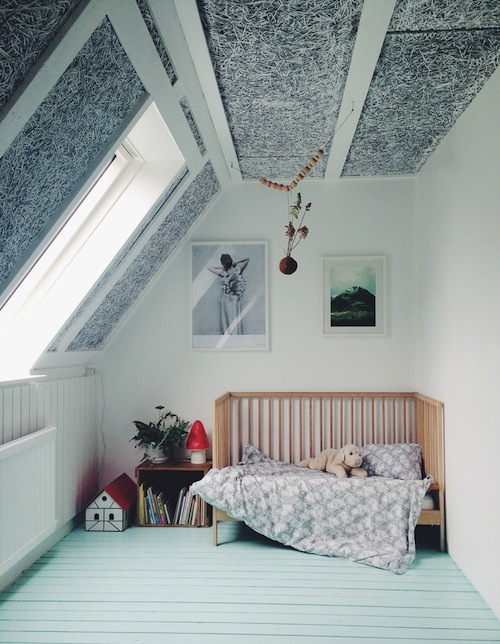 Kidsrooms with woodenfloor 3