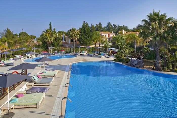 Martinhal-Quinta-Pool-Hangout