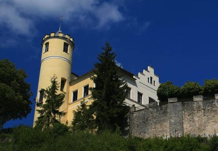Schloss Moehren1