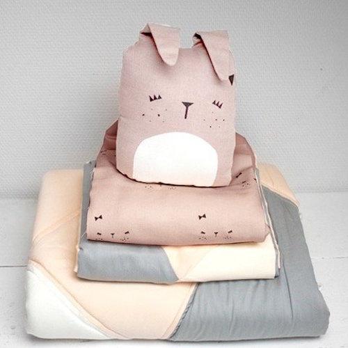 fabelab-kinderkamer-kussen-cute-bunny-fabelab