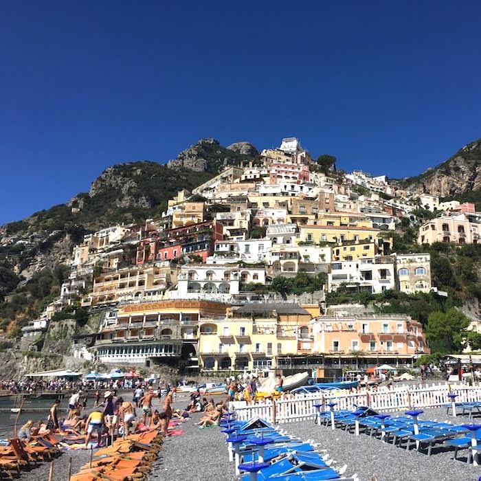 positano-een-van-de-mooiste-plekken-langs-de-amalfi-kust-citymom-nl