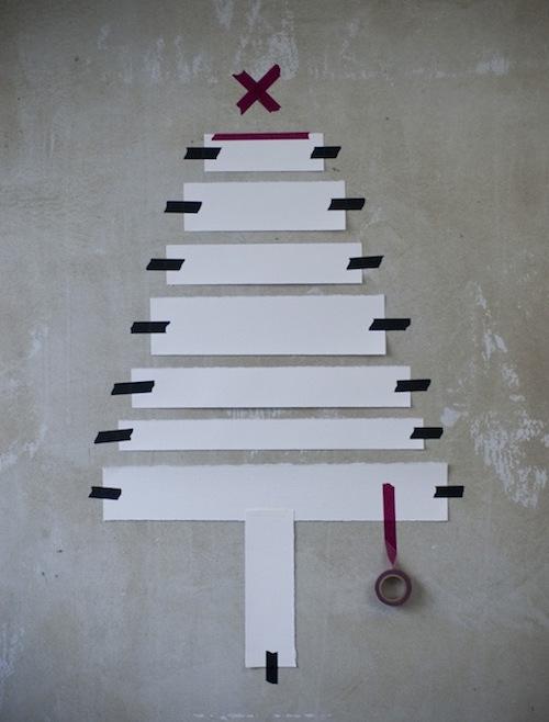 4-kerstboom-van-papier-en-tape