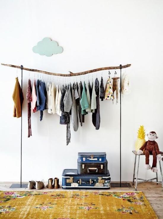 de-leukste-manieren-om-kleding-op-te-hangen-in-de-kinderkamer-2