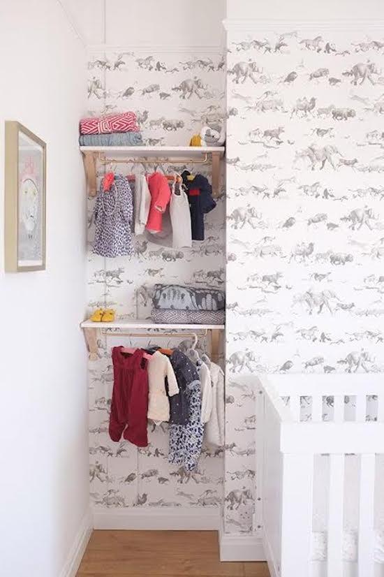 de-leukste-manieren-om-kleding-op-te-hangen-in-de-kinderkamer-5