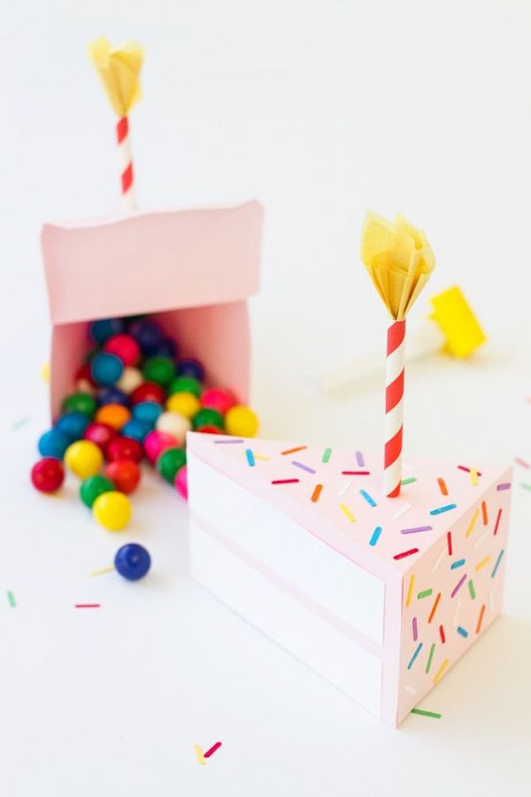 http::studiodiy.com:2015:01:08:diy-birthday-cake-box: