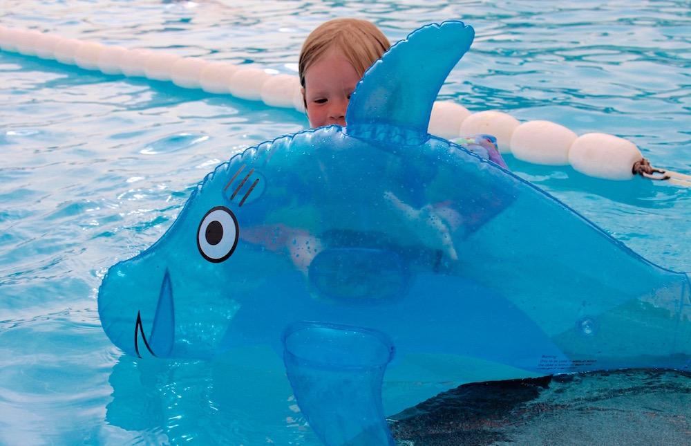 9X TIPS & TRICKS FOR KIDS; FUN & SAFE IN THE SUN