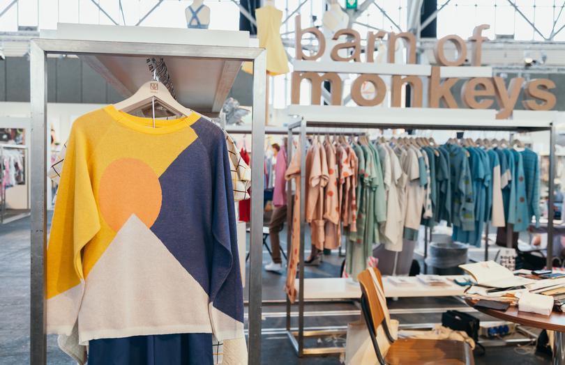 barn-of-monkeys-VOOR - Market by Kleine Fabriek juli 2017
