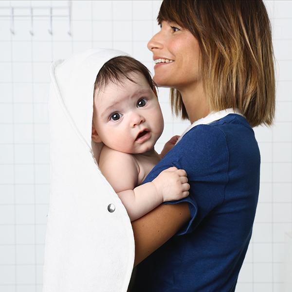 Palais de l'eau sfeer baby towel white