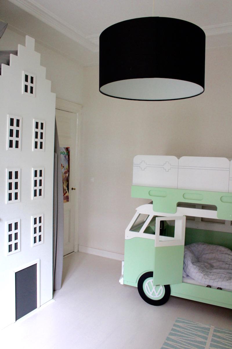 KINDERKAMER MET VINTAGEVOLKSWAGEN CAMPER BED | CITYMOM.nl 3
