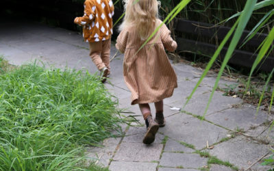 MON KINDEREN IN MONKIND VIA LITTLE DIFFERENT