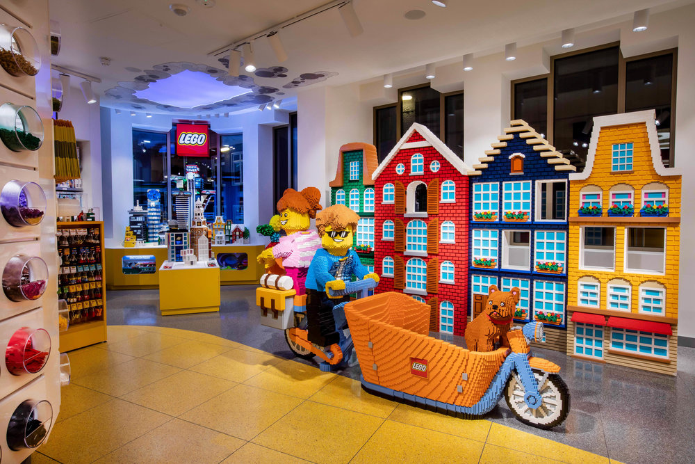 LEGO STORE AMSTERDAM; PERFECT ALS UITJE